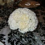 Winter elegance using whites and crystals with a simple bouquet to compliment your style
